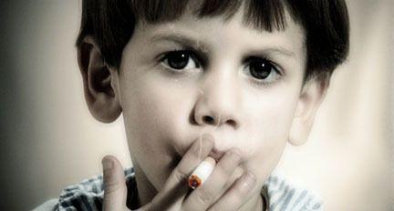 HUMOUR ENFANT QUI FUME
